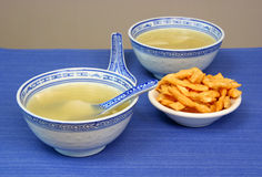 Won Ton soup in Chinese Dishware Stock Photography