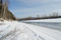Wondeful zimy rzeka zdjęcia royalty free