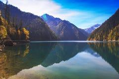 Wonder van het bergmeer Stock Afbeeldingen