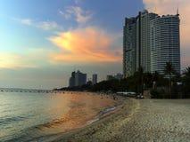 Wong Amat plaży zmierzch. Obrazy Stock