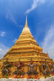Wong giant country like Chet. Wong domestic giant golden pagoda CCarrying such as Wat Phra Kaew , a huge statue with . Foreign tourists Photography enthusiasts stock image