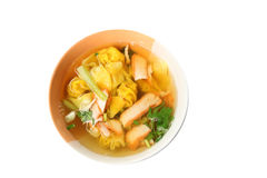 Wonton noodles soup in bowl of isolated. Royalty Free Stock Photography