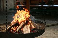 Wood. Burning wood - burning in the fire Grilling Royalty Free Stock Photos