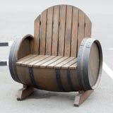 Wood bänk i parkera Royaltyfri Foto