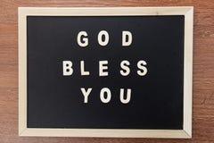 Wood bibleGOD för bokstavstextformen välsignar dig royaltyfri fotografi