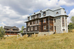 Wood-and-brick villa in the tourist settlement Czorsztyn, Poland Stock Photo