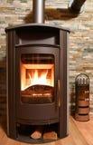 Wood brinnande ugn Arkivbild