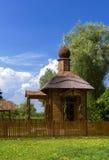 Wood chapel&fence Arkivbild