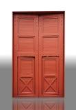Wood dörr i en tempel Royaltyfria Foton