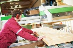 Wood dörrtillverkning för snickeri Arkivfoton