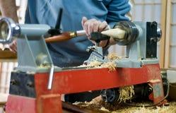 Wood drejare på arbete Arkivfoton