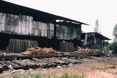 Wood fabrik Royaltyfri Bild