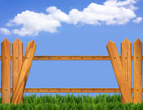 Wood fence and blue sky horizon Royalty Free Stock Images