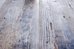 Wood golv med gammal yttersida Royaltyfria Bilder