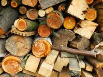 Wood hög Arkivbild