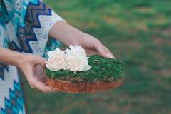 Wood hand - gjord välkommen bröllopgarnering Royaltyfri Fotografi