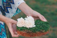 Wood hand - gjord välkommen bröllopgarnering Royaltyfria Foton
