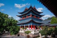 Wood hus Lijiang, Yunnan golvrullar Arkivfoto