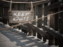 Wood keep out sign Royalty Free Stock Images