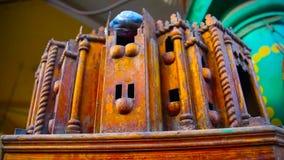 Wood maquette för en moské stock video