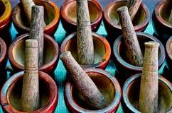 Wood mortel och Pestle Arkivfoto