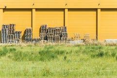 Wood paletthögar Fotografering för Bildbyråer