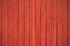 Gammala röda wood paneler Royaltyfria Foton