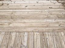 Wood plankastrandpromenad Arkivbilder