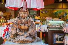 Wood sculpture of Japanese priestess Stock Photography