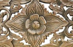 Wood skulptur för antik tappning på vit bakgrund Arkivfoton