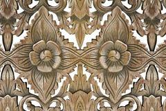Wood skulptur för antik tappning på vit bakgrund Arkivfoto