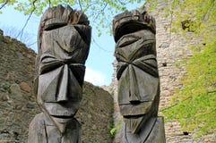 Wood skulptursammansättning i Estland Royaltyfri Fotografi