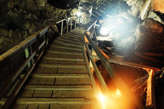 Free Wood Stairs In Cave Royalty Free Stock Images - 77608429