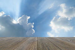Wood terrace and Blue sky Royalty Free Stock Photos