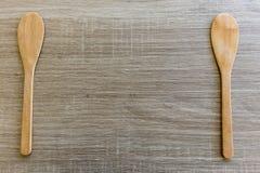Wood textur och sked Arkivfoton