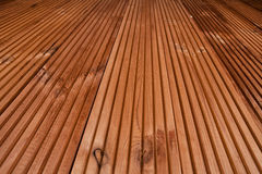 Wood texturbakgrund - terrassgolv Arkivfoto