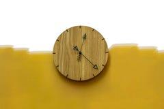 Wood väggklocka Arkivfoto