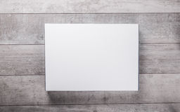 Wood wall and blank paper card Royalty Free Stock Photos