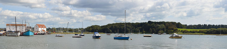 Woodbridge tidvatten maler panorama Royaltyfri Bild