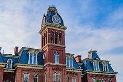 Woodburn Hall в университете Западной Вирджинии стоковое фото rf