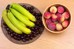 Wooden Bowl of Fruits Royalty Free Stock Image