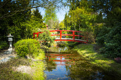 Wooden bridge in japanese garden Royalty Free Stock Photos