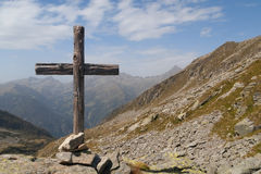 Wooden cross standing in italian Alps Royalty Free Stock Images