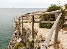 Wooden dock at the cliff Royalty Free Stock Photos