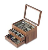 Wooden jewelry box Royalty Free Stock Images