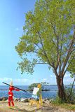 Wooden Mannequin Painting A Landscape Royalty Free Stock Photos