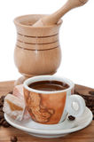 Wooden mortar with coffee of coffee and turkish delight Royalty Free Stock Photography