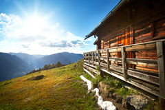 Wooden mountain chalet Royalty Free Stock Photos