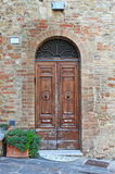 Wooden old style front door Royalty Free Stock Photos