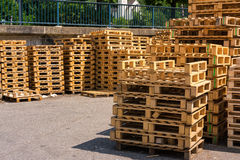 Wooden Palettes Industrial Usage Stack Closeup Factory Company S images libres de droits
